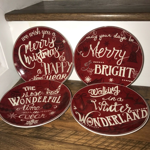 222 fifth Christmas Tunes Red Appetizer Plates Set 4~NEW ~