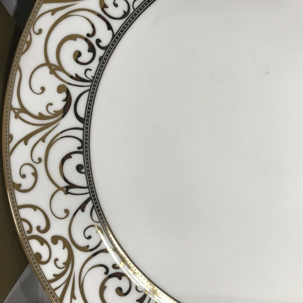 (6) Ciroa Luxe Metallic Gold Scroll Velluto Dinner Plates ~NEW ~