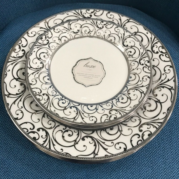 (6) Ciroa Luxe Metallic Silver Scroll Velluto Dinner Salad Set ~NEW ~