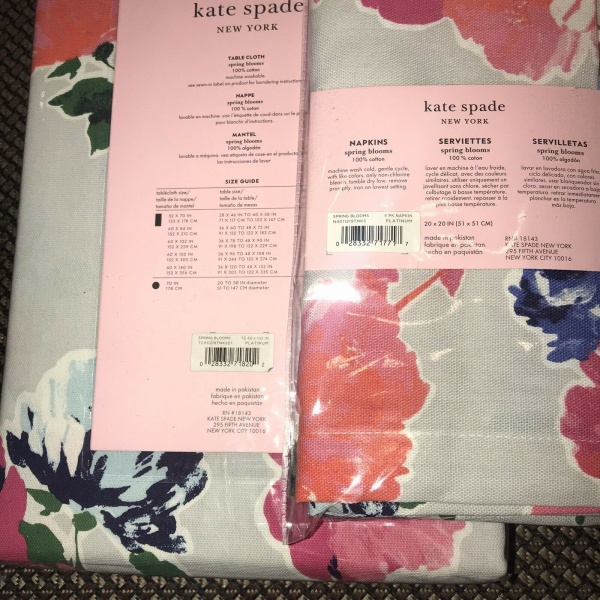 Kate Spade Spring Blooms Platinum Tablecloth Napkins x 4 ~New~